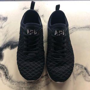 Women's APL Techloom Pro Running Shoes